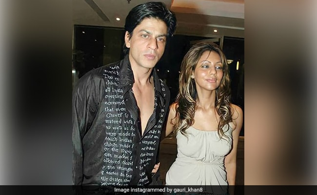 Fan Club Digs Out Gauri Khan's 2007 Look. Her Reaction