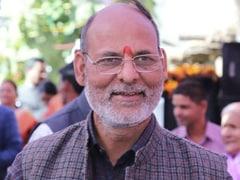 उत्तराखंड के CM त्रिवेंद्र सिंह रावत के खिलाफ PM को पत्र लिखने वाले लखीराम जोशी BJP से निलंबित