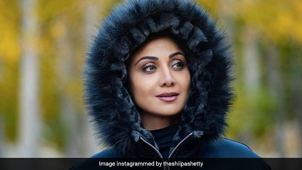 'Sabr Ke Dher Saare Phal', Shilpa Shetty's Throwback Pic From Manali Is Making Us Hungry