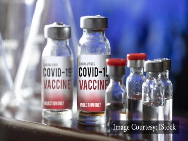 Videos : Covid-19 Oxford Vaccine: भारत में कब तक आएगी कोरोना वैक्सीन, किसे मिलेगी सबसे पहले, क्या होगी कीमत, जानें अदार पूनावाला से