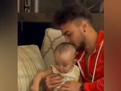 सलमान खान के बहनोई आयुष शर्मा का बेटी के साथ खेलते हुए क्यूट-सा Video हुआ वायरल