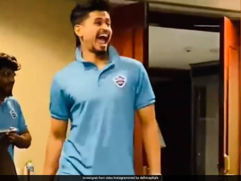 IPL 2020, DC vs SRH: Shreyas Iyer Pulls Off Perfect Impression Of Marcus Stoinis. Watch