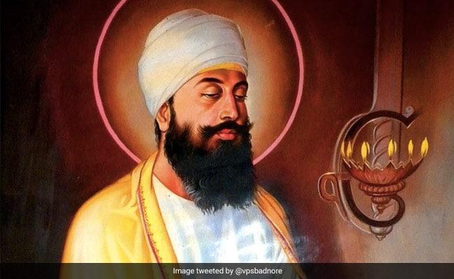 Guru Tegh Bahadur Martyrdom Day: Know All About The Great Sikh Guru