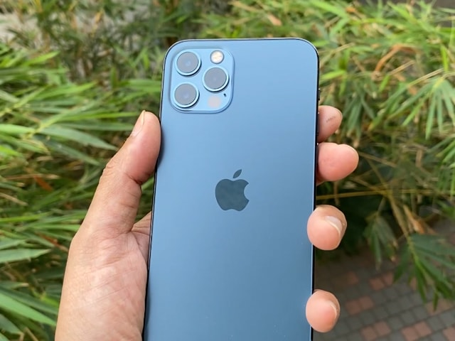 Video : iPhone 12 Pro Review: Worth The Premium Over iPhone 12?