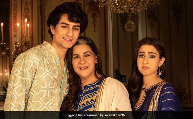 Help Us Decode Sara Ali Khan's Caption For Fam-Jam Pics