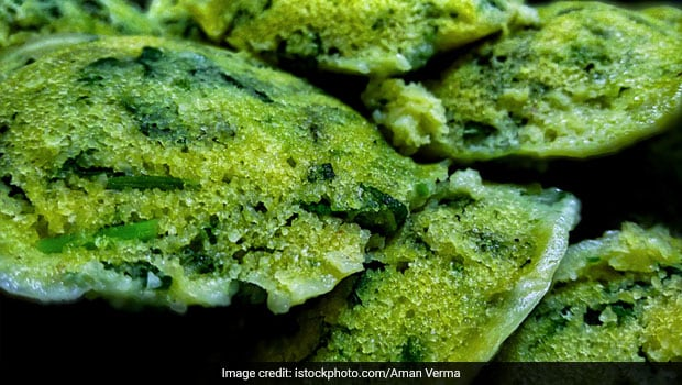 Diabetes Diet: This Easy Moong Dal-Palak Idli May Help Manage Blood Sugar Levels