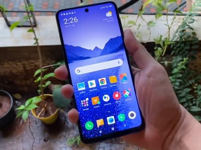 Video: Best Phones Under Rs. 15,000 In India (November 2020)
