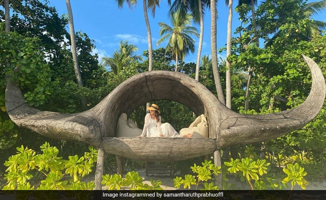 Just A Perfect Pic Of Samantha Ruth Prabhu With The 'Blues And Greens' Of Maldives