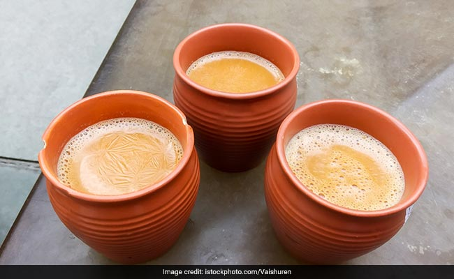 ''Kulhads' To Replace Plastic Tea Cups At Railway Stations