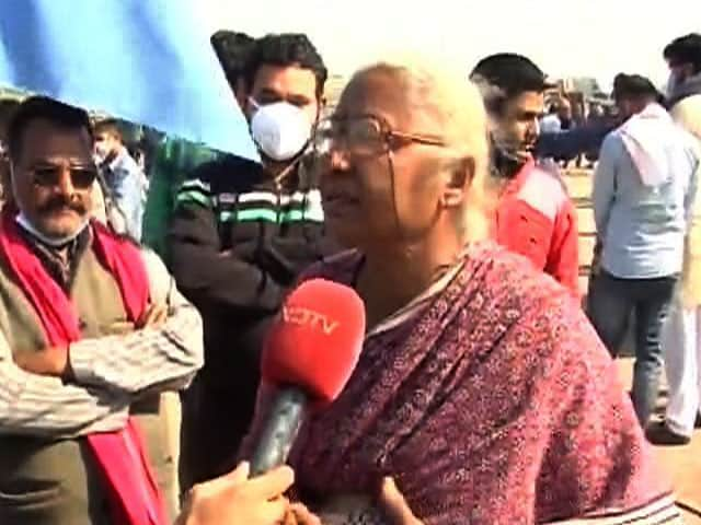 "Video : ""Farmer's Protest Against Vulgar Inequity In This Country"": Medha Patkar"