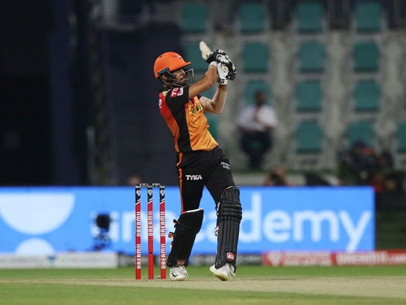 IPL 2020: Manish Pandey Gives Fitting Response To Virat Kohli's Sledge During SunRisers Hyderabad-Royal Challengers Bangalore Clash. Watch