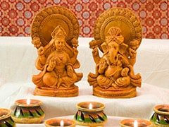 Laxmi Puja 2020: Lakshmi <i>Puja</i> Time, <i>Puja Muhurat</i> In 12 Cities And Special Foods