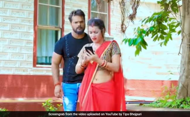 Bhojpuri Song: खेसारी लाल यादव ने भोजपुरी सॉन्ग 'फोटोकॉपी' से मचाया धमाल, वायरल हुआ Video