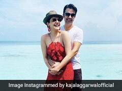 हनीमून के लिए मालदीव पहुंचीं काजल अग्रवाल, रेड कलर की गाउन में पति के साथ यूं दिया पोज