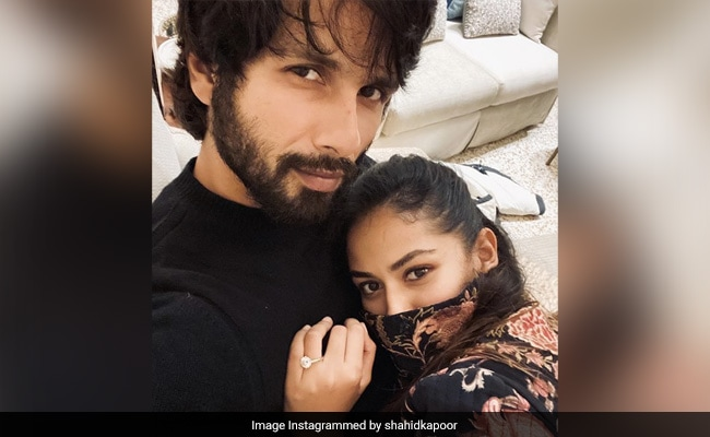 Shahid Kapoor's Caption For Pic With Wife Mira Is Winning The Internet