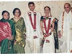 "A ""Picture-Perfect"" Moment From Mahesh Babu And Namrata Shirodkar's Wedding"