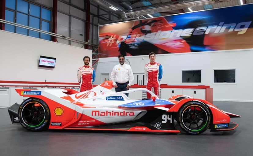 Dilbaugh Gill, CEO and Team Principal, Mahindra Racing with drivers Alexander Sims & Alex Lynn