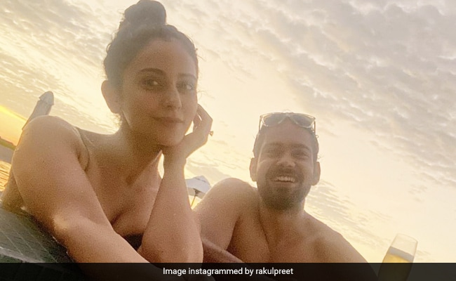 Rakul Preet Singh's Maldives Vacation Is Going Great With 'This Fool'. See Pic