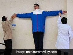 Meet Ren Keyu, The World's Tallest Teenager