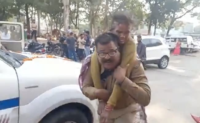 Watch: Madhya Pradesh Cop Carrying Injured Woman On His Back Wins Hearts