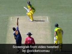 Ind Vs Aus: एरॉन फिंच ने मारा ऐसा ताबड़तोड़ शॉट, खिलाड़ियों के बीच से बुलेट की तरह निकली गेंद - देखें Video