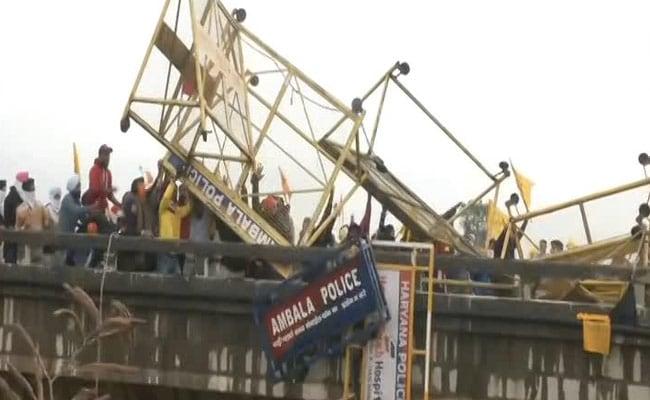 On Haryana Bridge, Tear Gas On Farmers, Tractors Push Back Police Vans