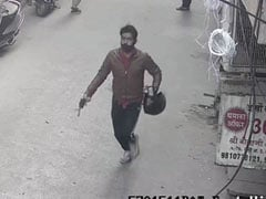 Caught On Camera: Man With Gun Snatches Woman's Gold Chain In Delhi