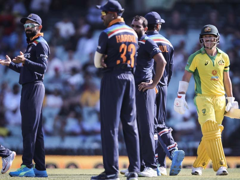 Man proposes to his girlfriend at the 2nd India vs Australia ODI