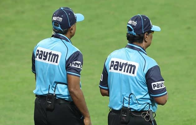 Yuvraj, Harbhajan Baffled By Umpiring Error During IPL Game