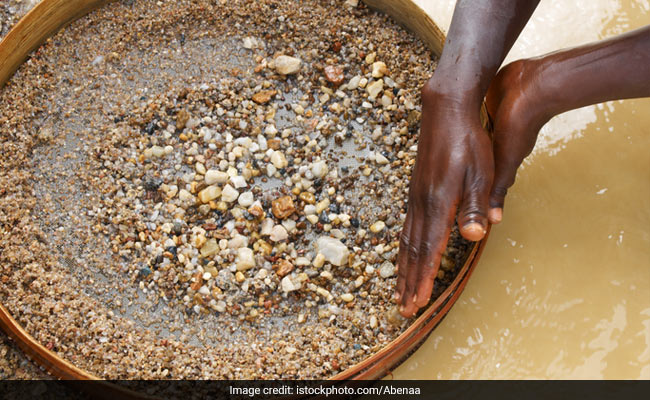24-Year-Old Finds Diamond Worth Rs 30 Lakh In Madhya Pradesh Mine