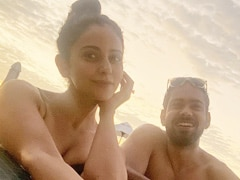 "Rakul Preet Singh's Maldives Vacation Is Going Great With ""This Fool"". See Pic"