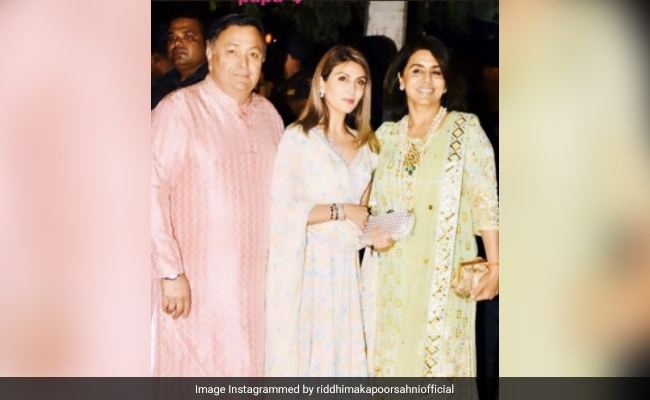 'Miss You, Papa': Remembering Rishi Kapoor, Riddhima Shares Diwali Pic From Last Year