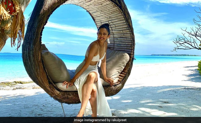 Here's How Rakul Preet Singh Is Coping With Her Post-Vacation Blues