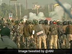 कृषि कानून : बवाल के बीच किसानों को दिल्ली आने की इजाज़त, बुराड़ी में कर सकेंगे शांतिपूर्ण प्रदर्शन
