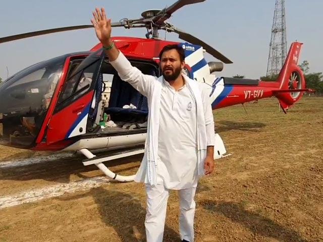 Video : Bihar Election: Nitish Kumar's 'Saat Nischay' Vs Tejashwi Yadav's '10 Lakh Jobs' Promise
