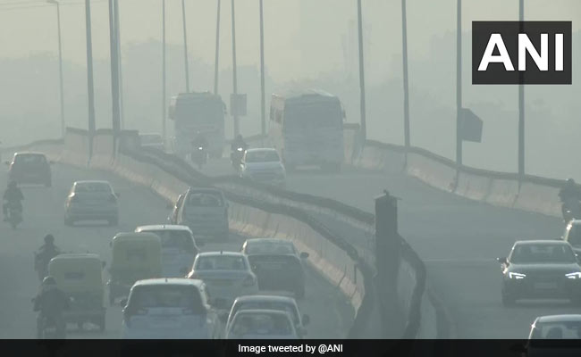Delhi's Air Quality 'Very Poor', Likely To Deteriorate Due To Winds, Low Temperature