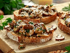 High-Protein Diet: Prepare This Delicious Mushroom Toast For A Quick And Exotic Meal