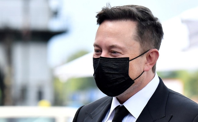 Elon Musk Tops Jeff Bezos as World's Richest Person