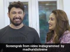 Madhuri Dixit के साथ कांदा पोहा बना रहे थे उनके पति, तभी खा ली हरी मिर्च फिर हुई ये हालत- देखें Video