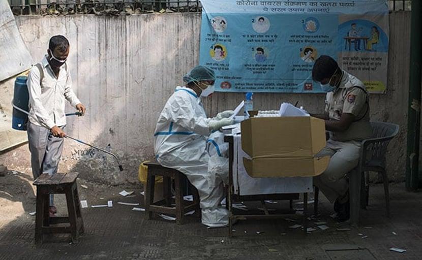 दिल्ली में बढ़ते कोरोना के मामले, केजरीवाल सरकार की मदद को आगे आया केंद्र