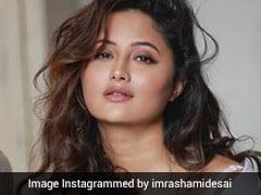Rashami Desai ने ग्लैमरस अंदाज में करवाया फोटोशूट, देखें Viral Video