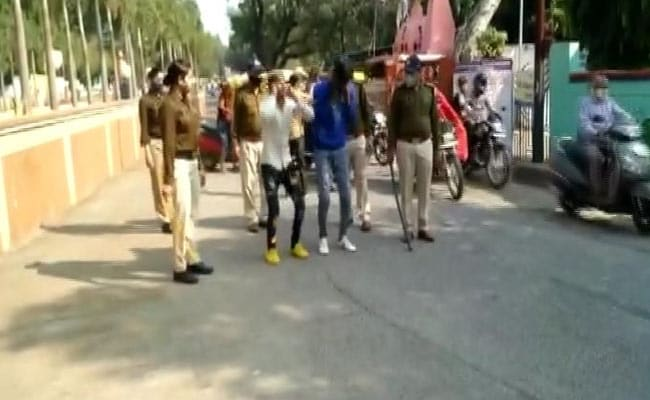 Cops Make Men Do Sit-Ups For Allegedly Harassing Women. Video