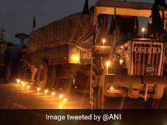 In Pics: Farmers Celebrate Guru Nanak Jayanti At Protest Site, Candles Lit