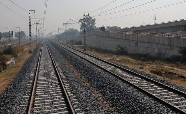 Dedicated Freight Corridor: 40% DFC track to be completed by 2021
