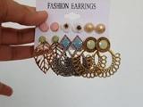 Video : Fashion Review: Shining Diva Earring Combo Set