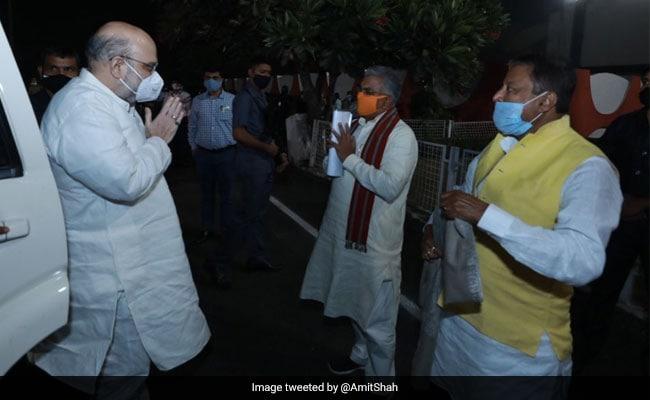 Khaskhabar/प्रधानमंत्री नरेंद्र मोदी 23 जनवरी और 30-31 जनवरी को केंद्रीय गृह मंत्री अमित शाह बंगाल के दौरे पर आ रहे हैं। लंबे समय से चल रही अटकलों के बावजूद राज्य भाजपा ने शनिवार को दोनों शीर्ष नेताओं के कार्यक्रमों के बारे में जानकारी दी।