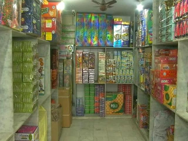 Video : Top News Of The Day: Delhi Bans Firecrackers As City Chokes