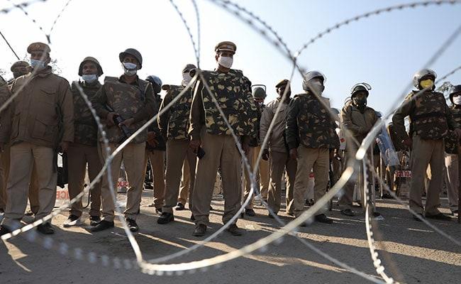 5 Dramatic Pics Of Farmers' Showdown With Cops Near Delhi-Haryana Border