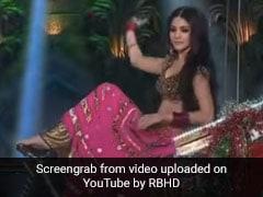 Anushka Sharma ने रिक्शे पर सवार होकर मारी एंट्री, फिर 'ओए बॉय चार्ली' पर यूं किया डांस- देखें थ्रोबैक Video