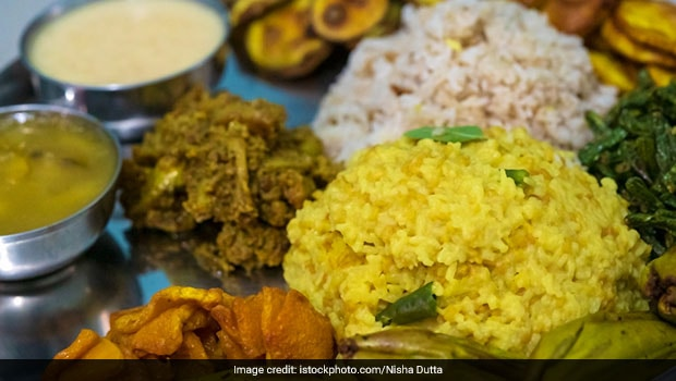 Basant Panchami-Special Recipe: How To Make Authentic Bengali-Style Khichuri (Khichdi) For Bhog